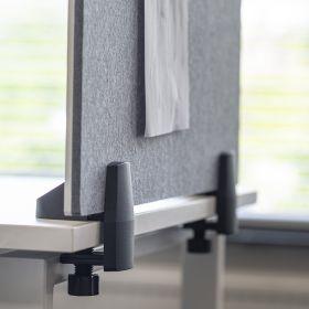 Scheidingsscherm combi whiteboard / prikbord - Incl. bureauklemmen voor enkel bureau - 58x120 cm